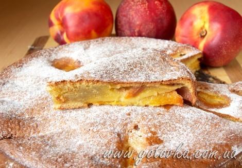 Пирог с персиками или нектаринами