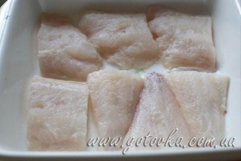 Морской окунь, запеченный под сыром