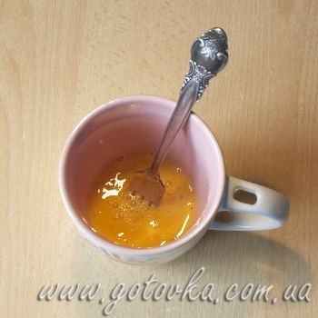 Бисквит в чашке готовим в микроволновке романтический завтрак 8 марта