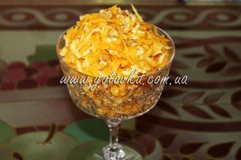 salat-s-apelsinom-yablokami-orehami