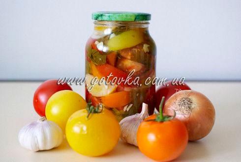 маринованные помидоры кусочками
