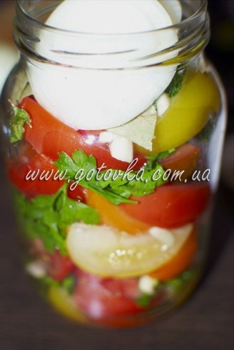 marinovannie_pomidory_kusochkami_1