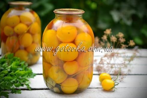 маринованные консервированные желтые помидоры