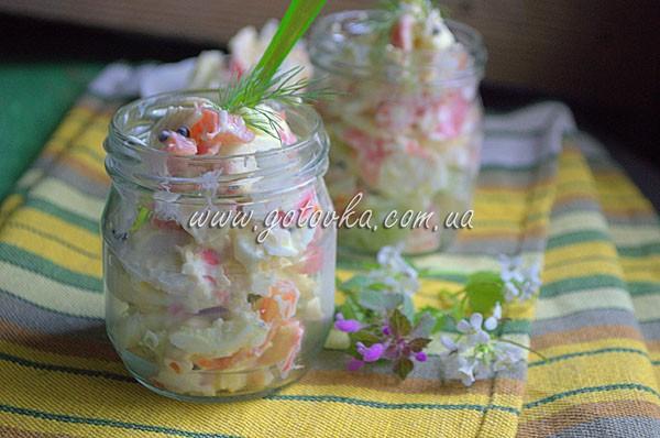 Салат в банке для пикника