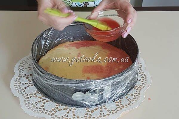 Малиново-йогуртовый торт